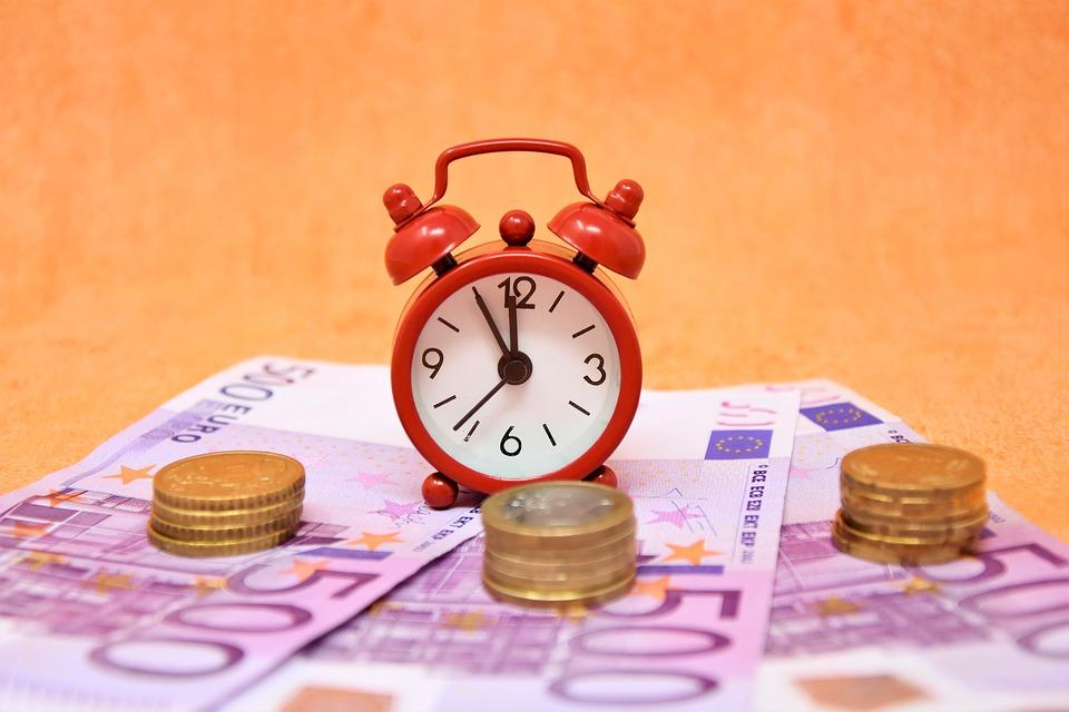 čas jsou eura